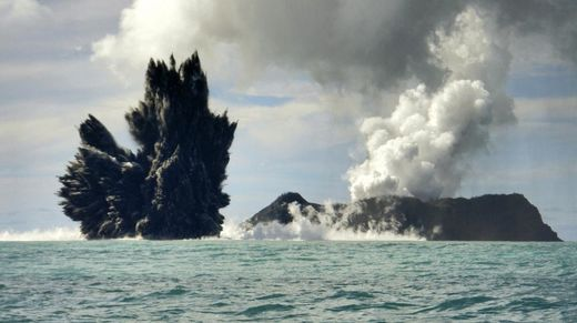 Eruption volcan sous-marin Tonga 2009