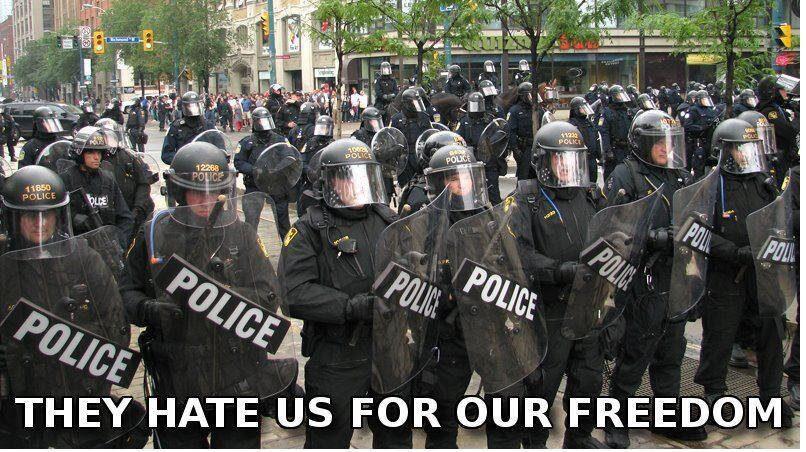 La Connaissance et la Liberté, antidotes au fascisme montant Police_state