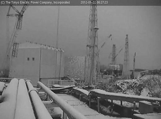 Snow in Fukushima January 2012