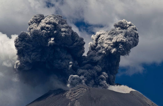 Le volcan Popocatepetl au Mexique, le 25 avril 2012