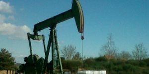 derrick pétrolier