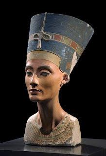 Le célèbre buste de Néfertiti