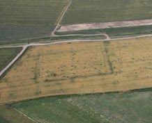Vue aérienne moderne d'un fort du rempart de Trajan.
