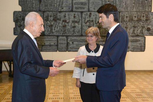 Patrick Maisonnave, ambassadeur de France en Israël, avec Shimon Perez