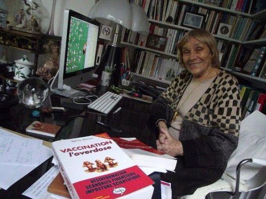 Sylvie Simon dans son appartement parisien, en mars 2012.