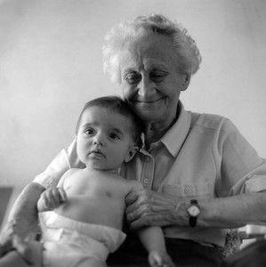 Insolite : « La mort m'a oublié », dit l'homme de 179 ans (Inde) Grand_M_re_et_b_b_