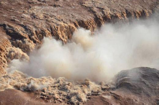 Iguazu Falls fort débit