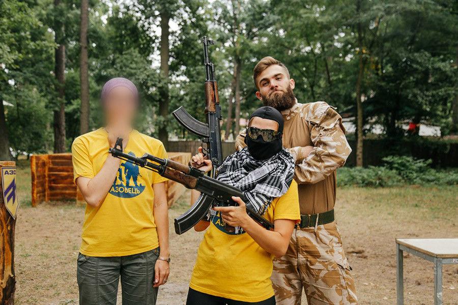 Israël arme les néonazis en Ukraine - Wikistrike