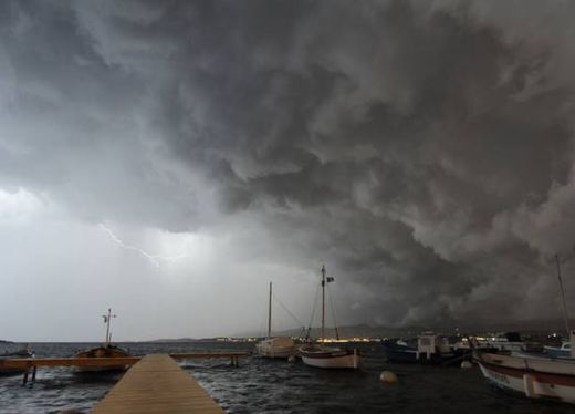 Argentine, Bolivie : violents orages de grêlons de la taille de balles de golf