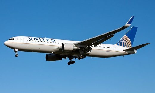 United Airlines Boeing 767-300
