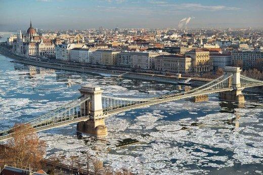 CAMBIO CLIMÁTICOS 2017 Le_Danube_en_Hongrie