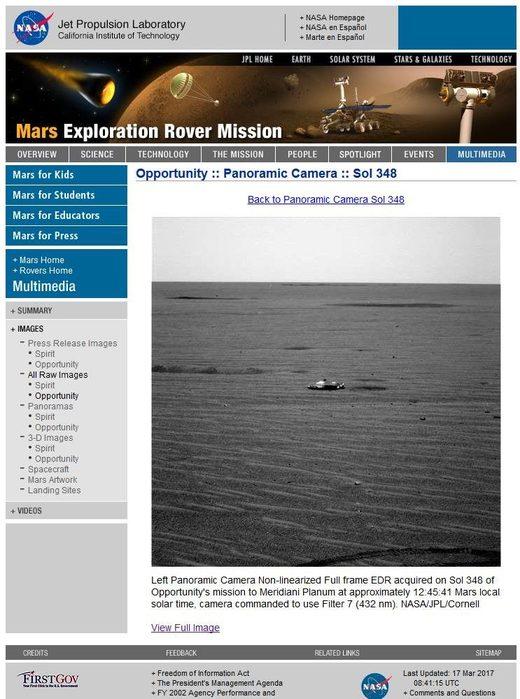 Un vaisseau spatial photographié sur Mars ?  Nasa_Mars