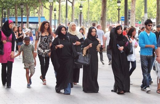 Muslim women in Paris