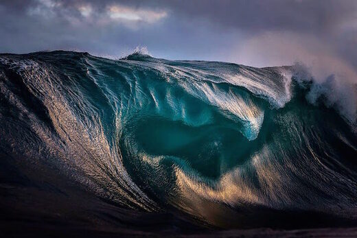 Wave Sea Oil