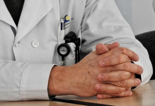 médecin pas vacciné